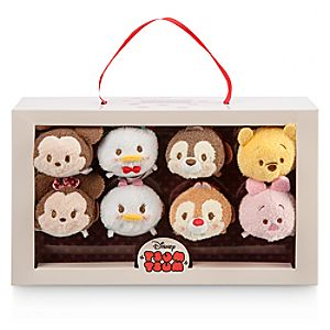 Mickey Mouse and Friends Valentine Candy Box ''Tsum Tsum'' Plush Set - Mini - 3 1/2''