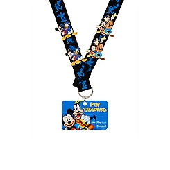 Mickey Mouse and Friends Pin Trading Starter Set