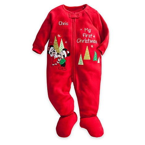 Christmas Pajamas for Boys. Close your eyes and picture your little guy in his new boys Christmas pajamas. There is a huge array of adorable styles of Christmas pajamas for boys .