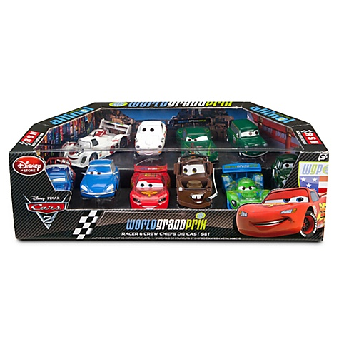 nib cars 2 world grand prix racer crew chief die cast car set lightning mcqueen ebay. Black Bedroom Furniture Sets. Home Design Ideas