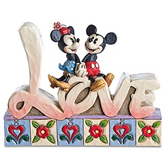 Minnie Mouse and Mickey Mouse Figurine