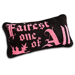Snow White Pillow - ''Fairest One of All''