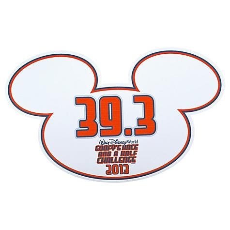 2013 ''Goofy's Race and a Half Challenge'' Walt Disney World Auto Magnet