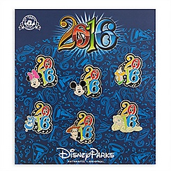 Mickey Mouse and Friends Pin Trading Booster Set - Disney Parks 2016