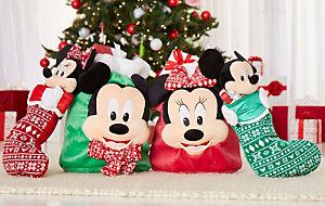 Geschenkbeutel und Weihnachtssocken